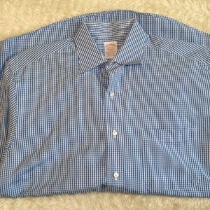Brooks brothers blue stripe 15.5-2 button up